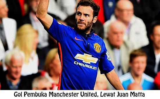 Selebrasi Juan Mata saat membuka gol pembuka MU